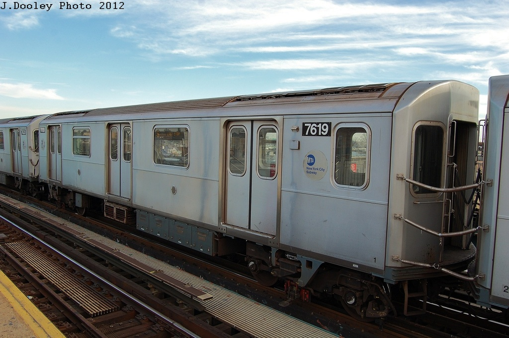 (302k, 1024x680)<br><b>Country:</b> United States<br><b>City:</b> New York<br><b>System:</b> New York City Transit<br><b>Line:</b> IRT Pelham Line<br><b>Location:</b> Castle Hill Avenue <br><b>Route:</b> 6<br><b>Car:</b> R-142A (Option Order, Kawasaki, 2002-2003)  7619 <br><b>Photo by:</b> John Dooley<br><b>Date:</b> 2/22/2012<br><b>Viewed (this week/total):</b> 7 / 855