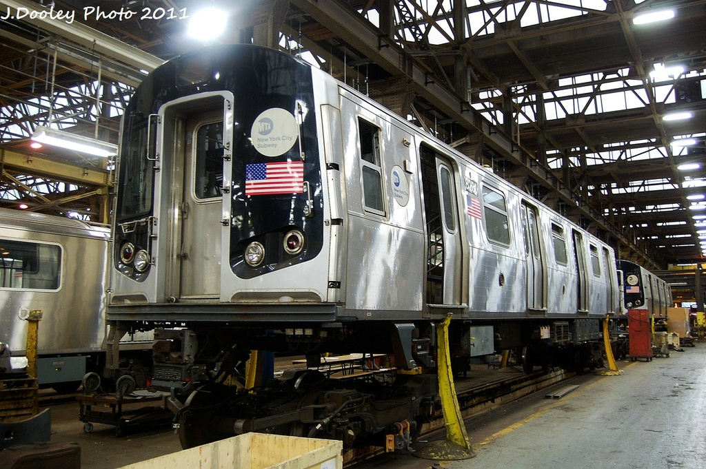 (383k, 1024x681)<br><b>Country:</b> United States<br><b>City:</b> New York<br><b>System:</b> New York City Transit<br><b>Location:</b> 207th Street Shop<br><b>Car:</b> R-143 (Kawasaki, 2001-2002) 8280 <br><b>Photo by:</b> John Dooley<br><b>Date:</b> 11/29/2011<br><b>Viewed (this week/total):</b> 2 / 1049