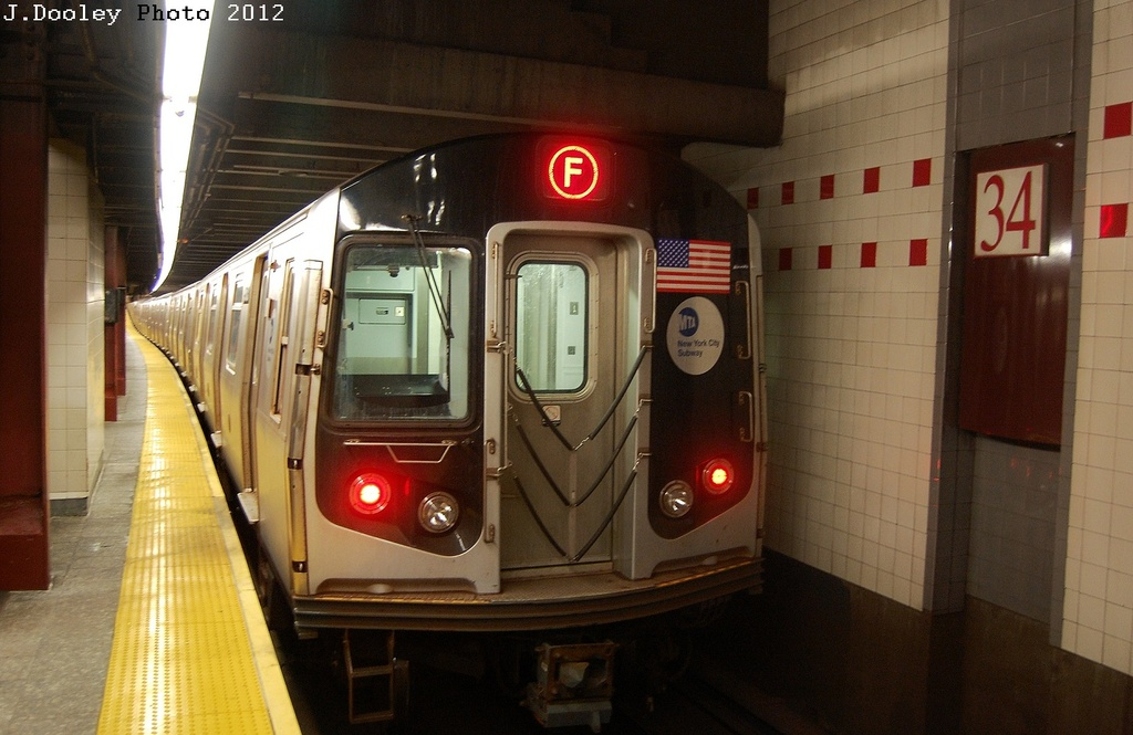 (283k, 1024x665)<br><b>Country:</b> United States<br><b>City:</b> New York<br><b>System:</b> New York City Transit<br><b>Line:</b> IND 6th Avenue Line<br><b>Location:</b> 34th Street/Herald Square <br><b>Route:</b> F<br><b>Car:</b> R-160A/R-160B Series (Number Unknown)  <br><b>Photo by:</b> John Dooley<br><b>Date:</b> 3/12/2012<br><b>Viewed (this week/total):</b> 0 / 1290