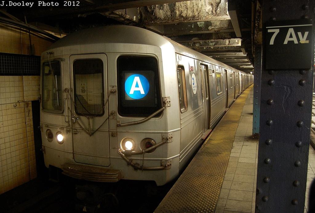 (333k, 1024x693)<br><b>Country:</b> United States<br><b>City:</b> New York<br><b>System:</b> New York City Transit<br><b>Line:</b> IND Queens Boulevard Line<br><b>Location:</b> 7th Avenue/53rd Street <br><b>Route:</b> A reroute<br><b>Car:</b> R-46 (Pullman-Standard, 1974-75) 6038 <br><b>Photo by:</b> John Dooley<br><b>Date:</b> 3/12/2012<br><b>Viewed (this week/total):</b> 0 / 1025