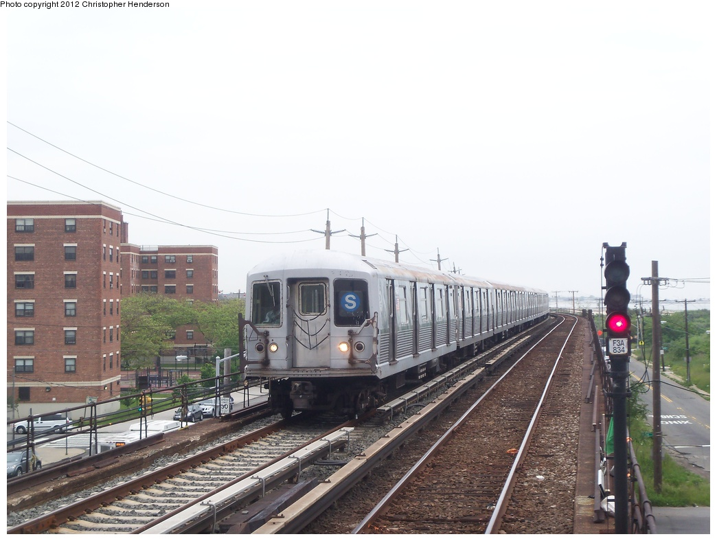 (296k, 1044x788)<br><b>Country:</b> United States<br><b>City:</b> New York<br><b>System:</b> New York City Transit<br><b>Line:</b> IND Rockaway<br><b>Location:</b> Beach 60th Street/Straiton <br><b>Route:</b> S<br><b>Car:</b> R-42 (St. Louis, 1969-1970)  4830 <br><b>Photo by:</b> Christopher Henderson<br><b>Date:</b> 5/30/2012<br><b>Viewed (this week/total):</b> 0 / 1180
