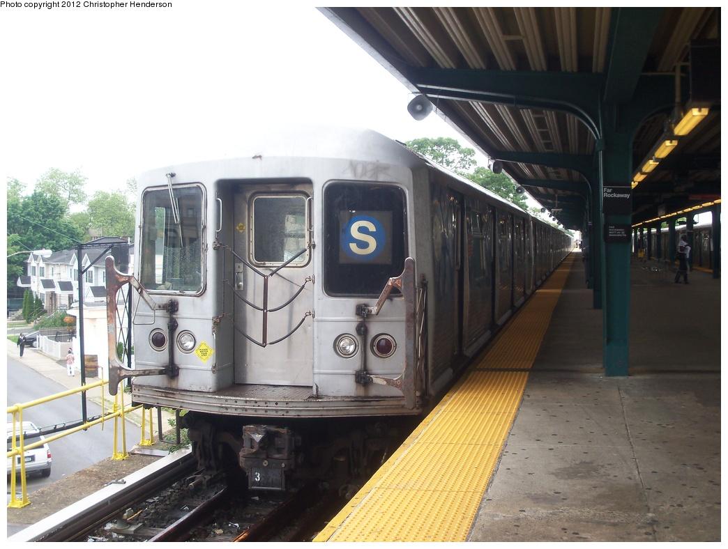 (322k, 1044x788)<br><b>Country:</b> United States<br><b>City:</b> New York<br><b>System:</b> New York City Transit<br><b>Line:</b> IND Rockaway<br><b>Location:</b> Mott Avenue/Far Rockaway <br><b>Route:</b> S<br><b>Car:</b> R-42 (St. Louis, 1969-1970)  4807 <br><b>Photo by:</b> Christopher Henderson<br><b>Date:</b> 5/30/2012<br><b>Viewed (this week/total):</b> 2 / 1199