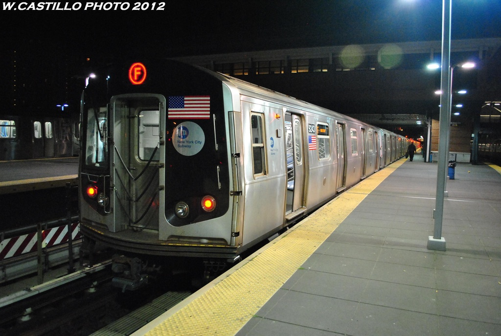 (270k, 1024x687)<br><b>Country:</b> United States<br><b>City:</b> New York<br><b>System:</b> New York City Transit<br><b>Location:</b> Coney Island/Stillwell Avenue<br><b>Route:</b> F<br><b>Car:</b> R-160A (Option 1) (Alstom, 2008-2009, 5 car sets)  9243 <br><b>Photo by:</b> Wilfredo Castillo<br><b>Date:</b> 5/20/2012<br><b>Viewed (this week/total):</b> 5 / 925