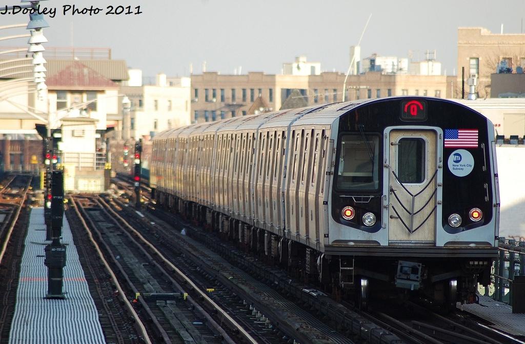 (320k, 1024x671)<br><b>Country:</b> United States<br><b>City:</b> New York<br><b>System:</b> New York City Transit<br><b>Line:</b> BMT Brighton Line<br><b>Location:</b> Ocean Parkway <br><b>Route:</b> Q<br><b>Car:</b> R-160A/R-160B Series (Number Unknown)  <br><b>Photo by:</b> John Dooley<br><b>Date:</b> 12/31/2011<br><b>Viewed (this week/total):</b> 0 / 873