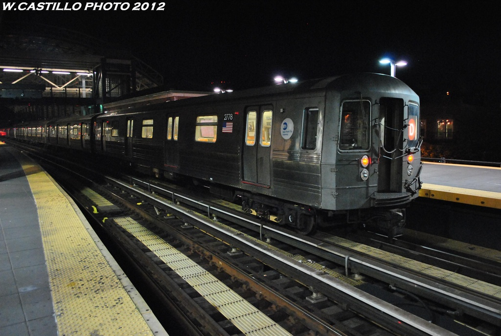 (286k, 1024x687)<br><b>Country:</b> United States<br><b>City:</b> New York<br><b>System:</b> New York City Transit<br><b>Location:</b> Coney Island/Stillwell Avenue<br><b>Route:</b> D<br><b>Car:</b> R-68 (Westinghouse-Amrail, 1986-1988)  2778 <br><b>Photo by:</b> Wilfredo Castillo<br><b>Date:</b> 5/20/2012<br><b>Viewed (this week/total):</b> 0 / 929