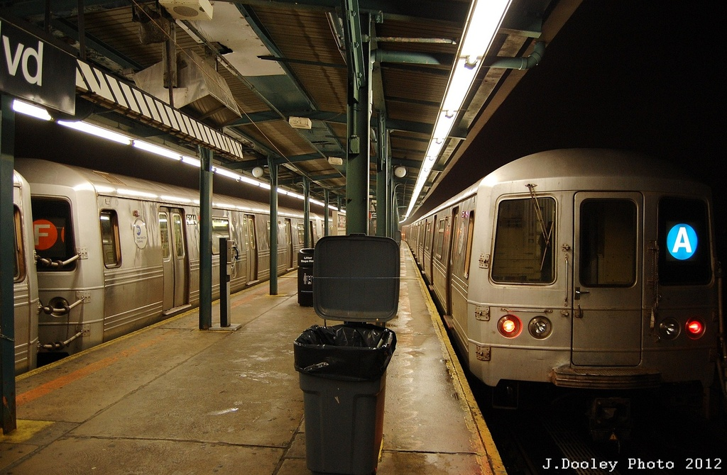 (331k, 1024x670)<br><b>Country:</b> United States<br><b>City:</b> New York<br><b>System:</b> New York City Transit<br><b>Line:</b> IND Fulton Street Line<br><b>Location:</b> Lefferts Boulevard <br><b>Route:</b> A<br><b>Car:</b> R-46 (Pullman-Standard, 1974-75) 5840 <br><b>Photo by:</b> John Dooley<br><b>Date:</b> 5/25/2012<br><b>Viewed (this week/total):</b> 0 / 757