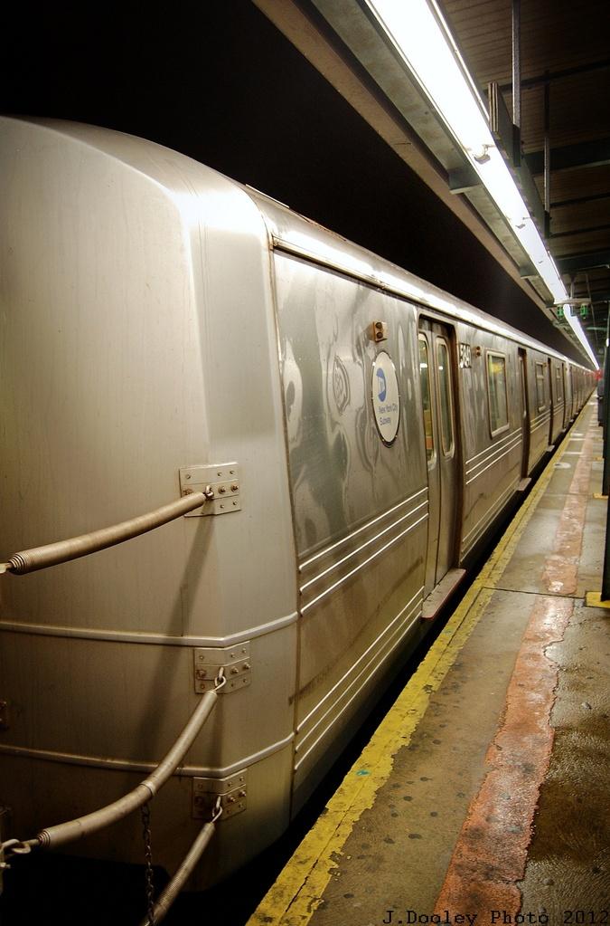 (286k, 675x1023)<br><b>Country:</b> United States<br><b>City:</b> New York<br><b>System:</b> New York City Transit<br><b>Line:</b> IND Fulton Street Line<br><b>Location:</b> Lefferts Boulevard <br><b>Route:</b> A<br><b>Car:</b> R-46 (Pullman-Standard, 1974-75) 5841 <br><b>Photo by:</b> John Dooley<br><b>Date:</b> 5/25/2012<br><b>Viewed (this week/total):</b> 0 / 495