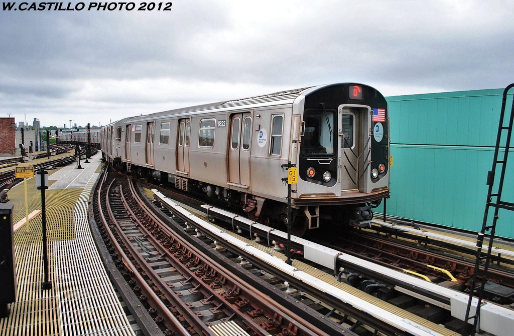 (348k, 1024x671)<br><b>Country:</b> United States<br><b>City:</b> New York<br><b>System:</b> New York City Transit<br><b>Location:</b> Coney Island/Stillwell Avenue<br><b>Route:</b> Q<br><b>Car:</b> R-160A-1 (Alstom, 2005-2008, 4 car sets)  8822 <br><b>Photo by:</b> Wilfredo Castillo<br><b>Date:</b> 6/1/2012<br><b>Viewed (this week/total):</b> 1 / 790