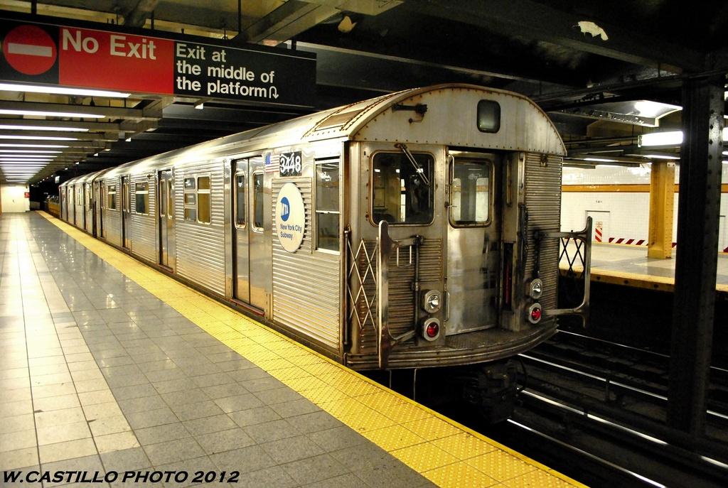 (301k, 1024x687)<br><b>Country:</b> United States<br><b>City:</b> New York<br><b>System:</b> New York City Transit<br><b>Line:</b> IND 8th Avenue Line<br><b>Location:</b> 14th Street <br><b>Route:</b> Work Service<br><b>Car:</b> R-32 (Budd, 1964)  3448 <br><b>Photo by:</b> Wilfredo Castillo<br><b>Date:</b> 6/2012<br><b>Viewed (this week/total):</b> 0 / 873