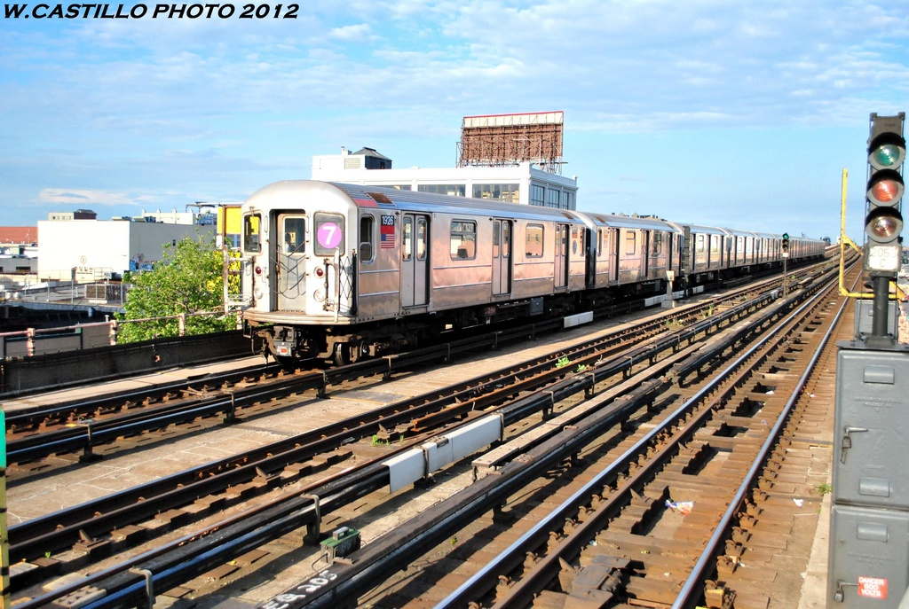 (319k, 1024x687)<br><b>Country:</b> United States<br><b>City:</b> New York<br><b>System:</b> New York City Transit<br><b>Line:</b> IRT Flushing Line<br><b>Location:</b> 33rd Street/Rawson Street <br><b>Route:</b> 7<br><b>Car:</b> R-62A (Bombardier, 1984-1987)  1926 <br><b>Photo by:</b> Wilfredo Castillo<br><b>Date:</b> 6/2012<br><b>Viewed (this week/total):</b> 0 / 843