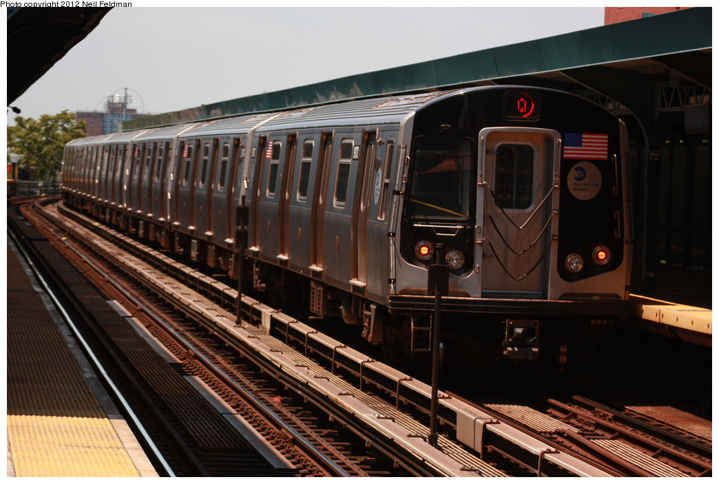 (295k, 1044x703)<br><b>Country:</b> United States<br><b>City:</b> New York<br><b>System:</b> New York City Transit<br><b>Line:</b> BMT Brighton Line<br><b>Location:</b> West 8th Street <br><b>Route:</b> Q<br><b>Car:</b> R-160B (Option 1) (Kawasaki, 2008-2009)  9173 <br><b>Photo by:</b> Neil Feldman<br><b>Date:</b> 6/8/2012<br><b>Viewed (this week/total):</b> 0 / 945