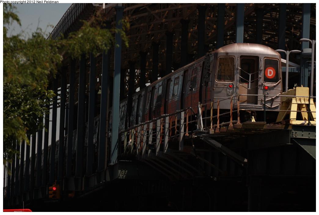 (243k, 1044x703)<br><b>Country:</b> United States<br><b>City:</b> New York<br><b>System:</b> New York City Transit<br><b>Location:</b> Coney Island/Stillwell Avenue<br><b>Route:</b> D<br><b>Car:</b> R-68 (Westinghouse-Amrail, 1986-1988)  2752 <br><b>Photo by:</b> Neil Feldman<br><b>Date:</b> 6/8/2012<br><b>Viewed (this week/total):</b> 0 / 901