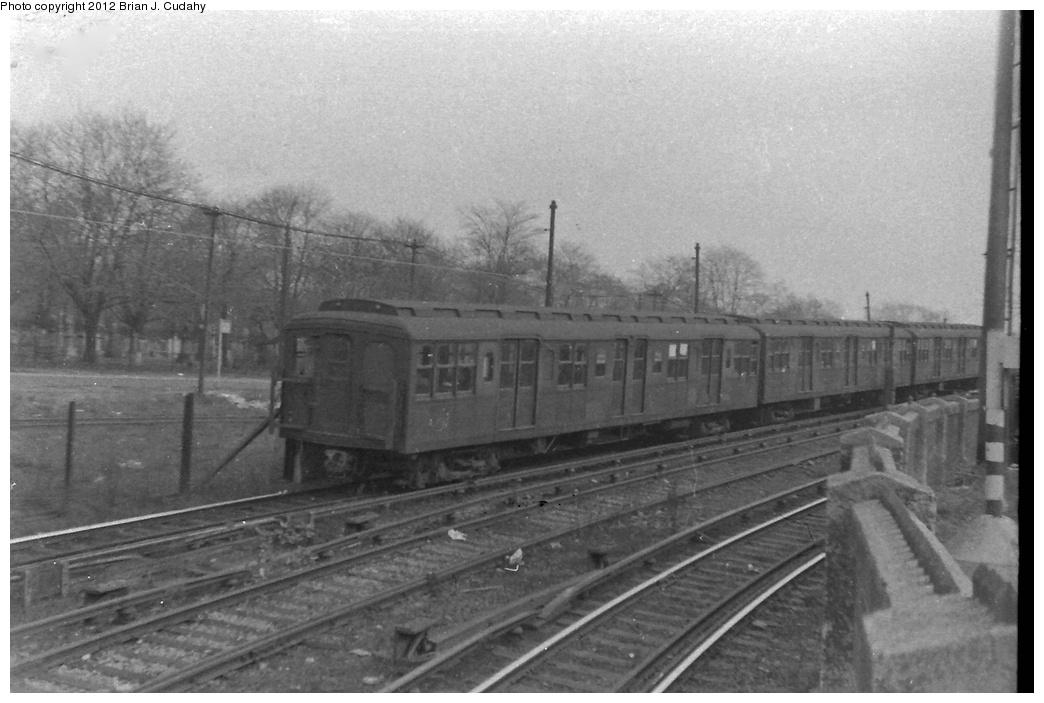 (252k, 1044x703)<br><b>Country:</b> United States<br><b>City:</b> New York<br><b>System:</b> New York City Transit<br><b>Line:</b> BMT Culver Line<br><b>Location:</b> 9th Avenue (Lower Level) <br><b>Car:</b> BMT A/B-Type Standard  <br><b>Photo by:</b> Brian J. Cudahy<br><b>Date:</b> 1954<br><b>Notes:</b> Culver Line train entering Ninth Avenue<br><b>Viewed (this week/total):</b> 0 / 1687