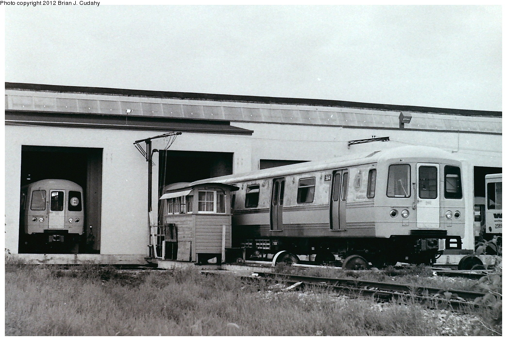 (302k, 1044x703)<br><b>Country:</b> United States<br><b>City:</b> New York<br><b>System:</b> New York City Transit<br><b>Location:</b> Pullman-Standard plant, Chicago, IL<br><b>Car:</b> R-46 (Pullman-Standard, 1974-75) 564 <br><b>Photo by:</b> Brian J. Cudahy<br><b>Date:</b> 8/1975<br><b>Notes:</b> R-46 units prior to the application of any blue trim.<br><b>Viewed (this week/total):</b> 0 / 874