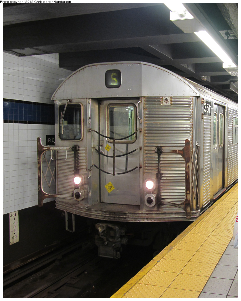 (374k, 838x1044)<br><b>Country:</b> United States<br><b>City:</b> New York<br><b>System:</b> New York City Transit<br><b>Line:</b> IND Queens Boulevard Line<br><b>Location:</b> Roosevelt Avenue <br><b>Route:</b> Work Service<br><b>Car:</b> R-32 (Budd, 1964)  3511 <br><b>Photo by:</b> Christopher Henderson<br><b>Date:</b> 6/21/2012<br><b>Viewed (this week/total):</b> 3 / 1621