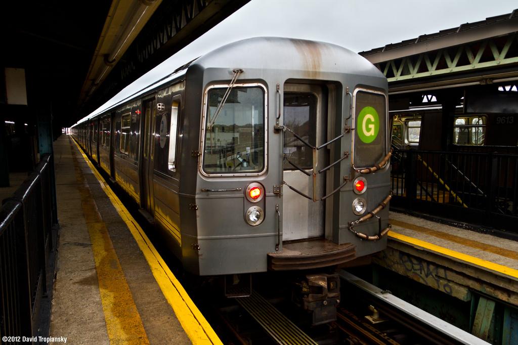(332k, 1024x682)<br><b>Country:</b> United States<br><b>City:</b> New York<br><b>System:</b> New York City Transit<br><b>Line:</b> BMT Culver Line<br><b>Location:</b> 18th Avenue <br><b>Route:</b> G<br><b>Car:</b> R-68A (Kawasaki, 1988-1989)  5080 <br><b>Photo by:</b> David Tropiansky<br><b>Date:</b> 3/31/2012<br><b>Viewed (this week/total):</b> 0 / 932