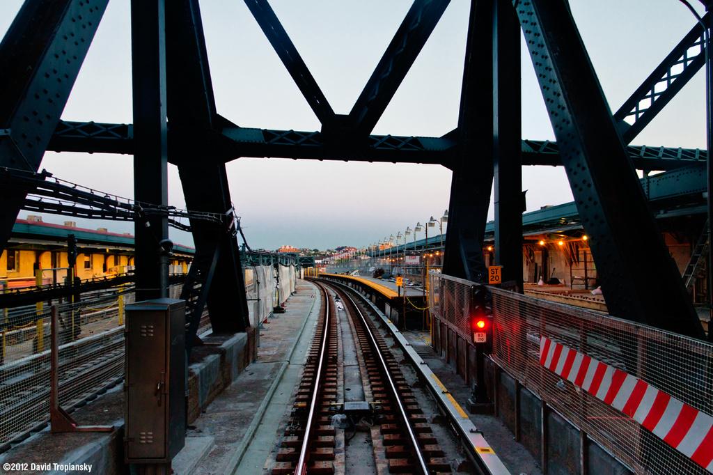 (408k, 1024x682)<br><b>Country:</b> United States<br><b>City:</b> New York<br><b>System:</b> New York City Transit<br><b>Line:</b> IND Crosstown Line<br><b>Location:</b> Smith/9th Street <br><b>Photo by:</b> David Tropiansky<br><b>Date:</b> 4/29/2012<br><b>Viewed (this week/total):</b> 1 / 1302