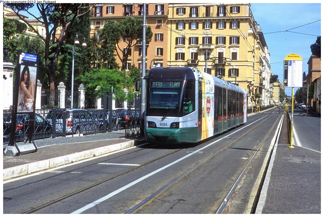 (516k, 1044x699)<br><b>Country:</b> Italy<br><b>City:</b> Rome<br><b>System:</b> ATAC <br><b>Location:</b> Via Flaminia & Via della Marina <br><b>Route:</b> 2<br><b>Car:</b> Rome 8-Axle Roma-I (Fiat, 1998-99)  9125 <br><b>Photo by:</b> Ian Folkard<br><b>Date:</b> 5/15/2012<br><b>Viewed (this week/total):</b> 0 / 506