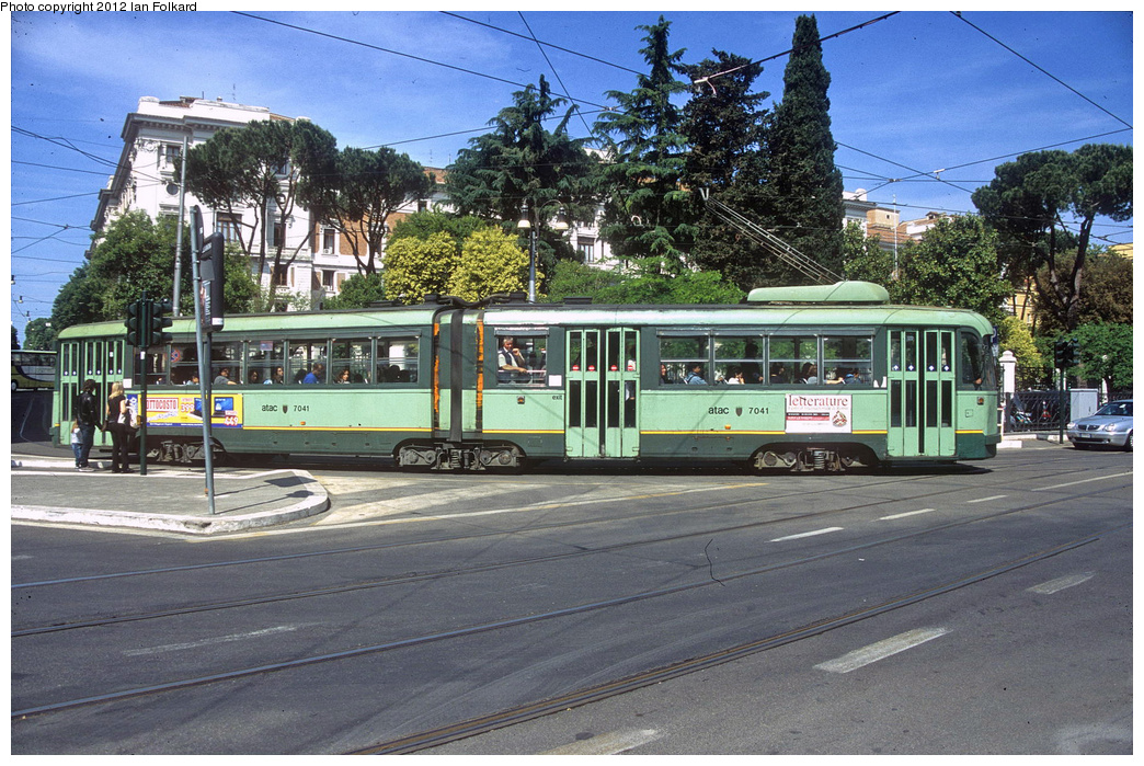 (452k, 1044x699)<br><b>Country:</b> Italy<br><b>City:</b> Rome<br><b>System:</b> ATAC <br><b>Location:</b> Via Guiseppe Avenzzana & Via Flaminia <br><b>Route:</b> 14<br><b>Car:</b> Rome 6-Axle (Stanga, 1949-50)  7041 <br><b>Photo by:</b> Ian Folkard<br><b>Date:</b> 5/15/2012<br><b>Viewed (this week/total):</b> 0 / 493