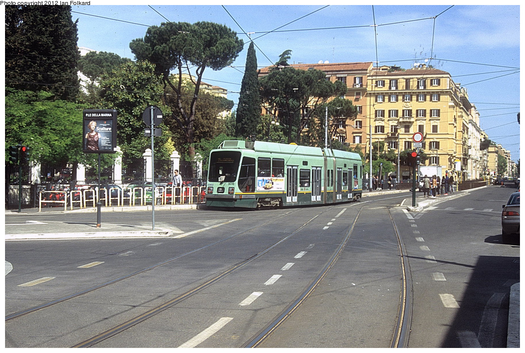(466k, 1044x702)<br><b>Country:</b> Italy<br><b>City:</b> Rome<br><b>System:</b> ATAC <br><b>Location:</b> Via Guiseppe Avenzzana & Via Flaminia <br><b>Route:</b> 14<br><b>Car:</b> Rome Double-End (Socimi, 1990)  9016 <br><b>Photo by:</b> Ian Folkard<br><b>Date:</b> 5/15/2012<br><b>Viewed (this week/total):</b> 1 / 427
