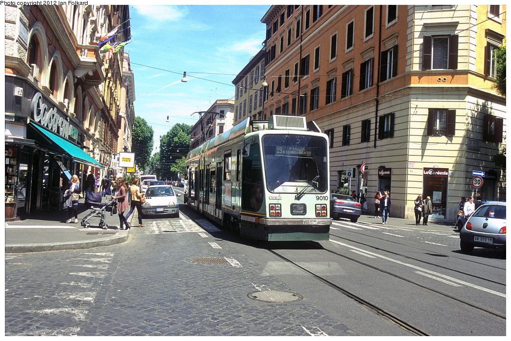 (489k, 1044x698)<br><b>Country:</b> Italy<br><b>City:</b> Rome<br><b>System:</b> ATAC <br><b>Location:</b> Via Ottaviano & Via Germanico <br><b>Route:</b> 14<br><b>Car:</b> Rome Double-End (Socimi, 1990)  9010 <br><b>Photo by:</b> Ian Folkard<br><b>Date:</b> 5/15/2012<br><b>Viewed (this week/total):</b> 0 / 397