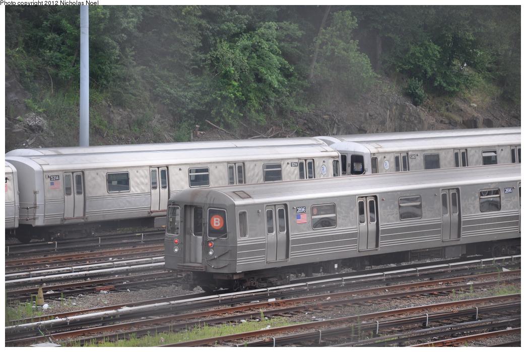 (377k, 1044x700)<br><b>Country:</b> United States<br><b>City:</b> New York<br><b>System:</b> New York City Transit<br><b>Location:</b> Concourse Yard<br><b>Car:</b> R-68 (Westinghouse-Amrail, 1986-1988)  2896 <br><b>Photo by:</b> Nicholas Noel<br><b>Date:</b> 7/3/2012<br><b>Viewed (this week/total):</b> 3 / 988