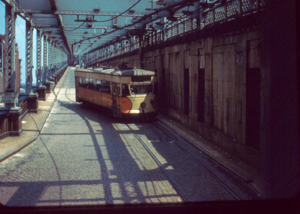 (324k, 1024x730)<br><b>Country:</b> United States<br><b>City:</b> New York<br><b>System:</b> Queensborough Bridge Railway<br><b>Location:</b> Manhattan Terminal <br><b>Car:</b>  602 <br><b>Collection of:</b> Frank Pfuhler<br><b>Date:</b> 7/3/1955<br><b>Viewed (this week/total):</b> 0 / 850