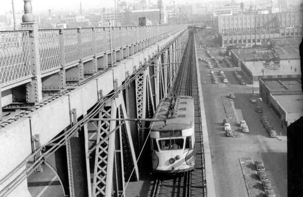 (210k, 1024x666)<br><b>Country:</b> United States<br><b>City:</b> New York<br><b>System:</b> Queensborough Bridge Railway<br><b>Location:</b> Queensborough Bridge <br><b>Car:</b>  607 <br><b>Collection of:</b> Frank Pfuhler<br><b>Date:</b> 1/5/1954<br><b>Notes:</b> Eastbound<br><b>Viewed (this week/total):</b> 4 / 614