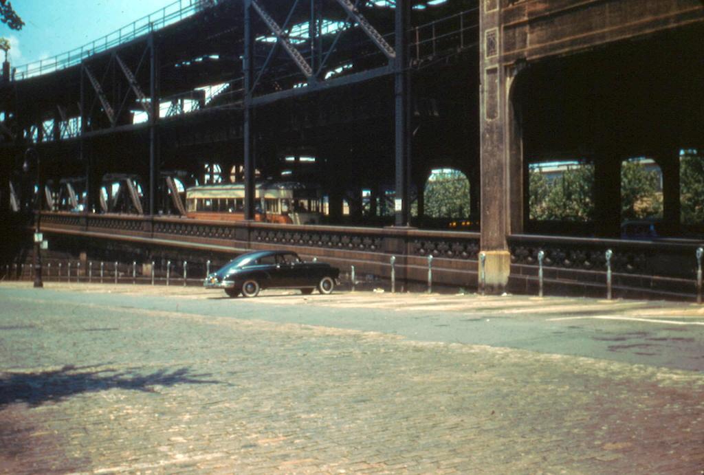 (265k, 1024x691)<br><b>Country:</b> United States<br><b>City:</b> New York<br><b>System:</b> Queensborough Bridge Railway<br><b>Location:</b> Queensborough Plaza <br><b>Collection of:</b> Frank Pfuhler<br><b>Date:</b> 7/3/1955<br><b>Viewed (this week/total):</b> 0 / 750