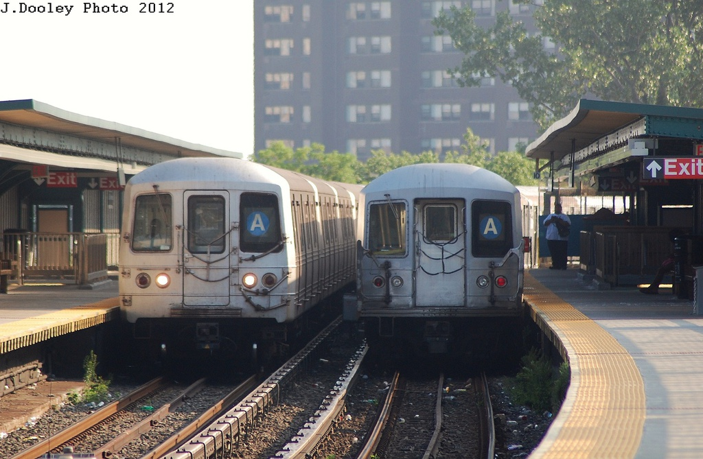 (307k, 1024x669)<br><b>Country:</b> United States<br><b>City:</b> New York<br><b>System:</b> New York City Transit<br><b>Line:</b> IND Rockaway<br><b>Location:</b> Beach 25th Street/Wavecrest <br><b>Route:</b> A<br><b>Car:</b> R-46 (Pullman-Standard, 1974-75)  <br><b>Photo by:</b> John Dooley<br><b>Date:</b> 7/26/2012<br><b>Viewed (this week/total):</b> 0 / 1370