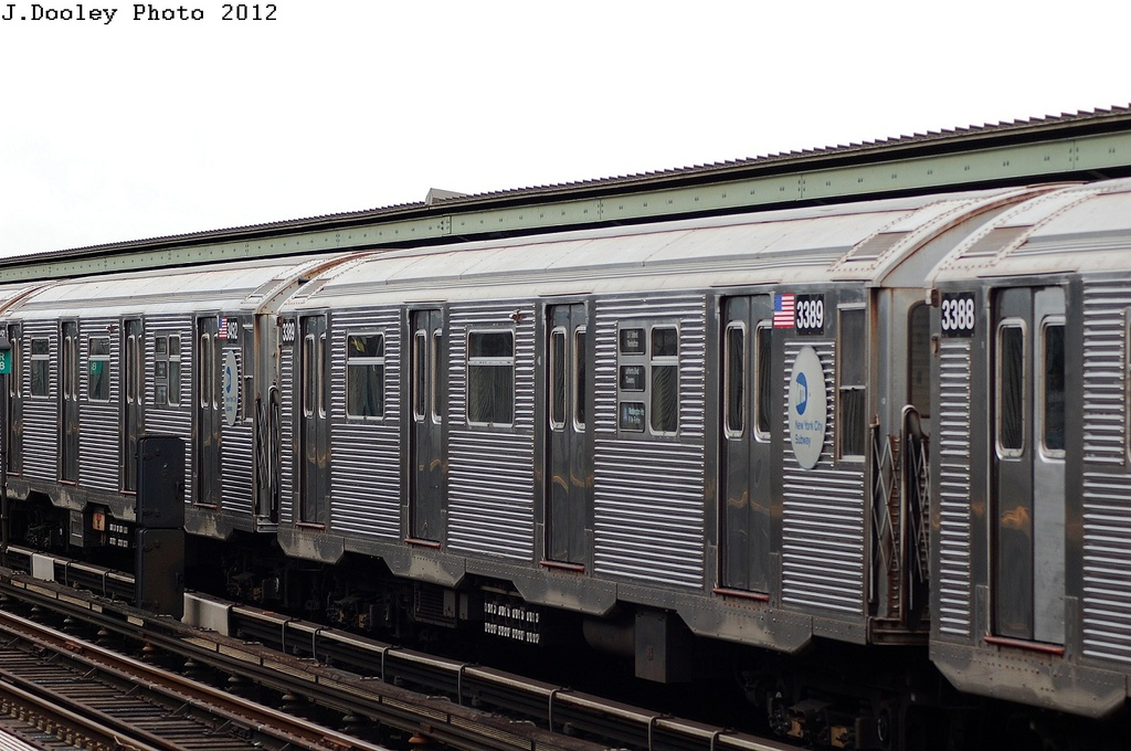(308k, 1024x680)<br><b>Country:</b> United States<br><b>City:</b> New York<br><b>System:</b> New York City Transit<br><b>Line:</b> IND Fulton Street Line<br><b>Location:</b> 111th Street/Greenwood Avenue <br><b>Route:</b> A<br><b>Car:</b> R-32 (Budd, 1964)  3389 <br><b>Photo by:</b> John Dooley<br><b>Date:</b> 5/30/2012<br><b>Viewed (this week/total):</b> 6 / 739