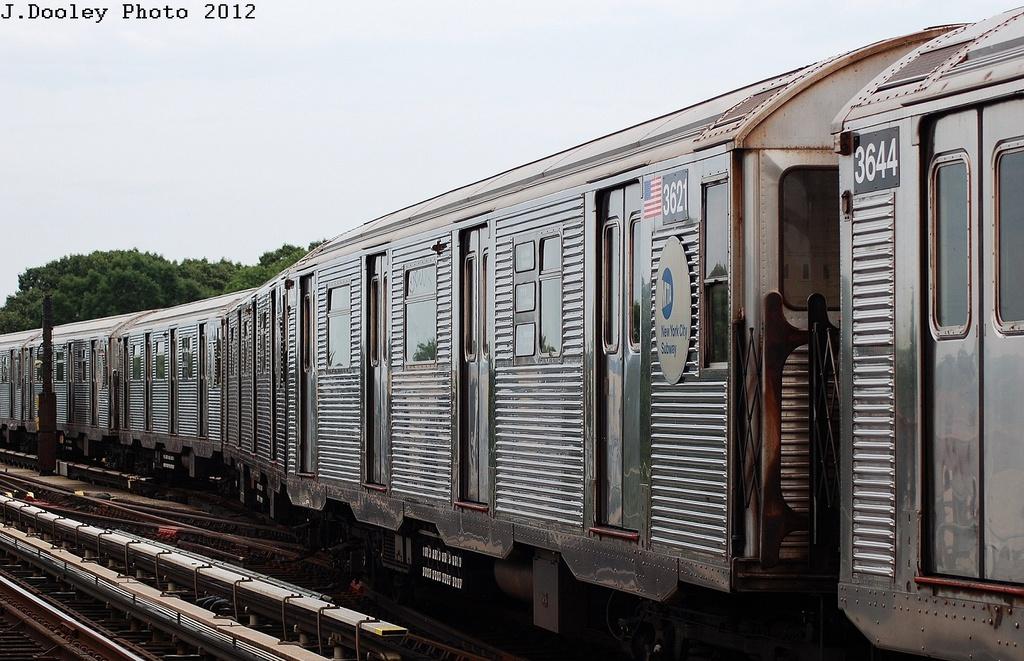 (342k, 1024x661)<br><b>Country:</b> United States<br><b>City:</b> New York<br><b>System:</b> New York City Transit<br><b>Line:</b> IND Fulton Street Line<br><b>Location:</b> 80th Street/Hudson Street <br><b>Route:</b> A<br><b>Car:</b> R-32 (Budd, 1964)  3621 <br><b>Photo by:</b> John Dooley<br><b>Date:</b> 5/30/2012<br><b>Viewed (this week/total):</b> 0 / 642