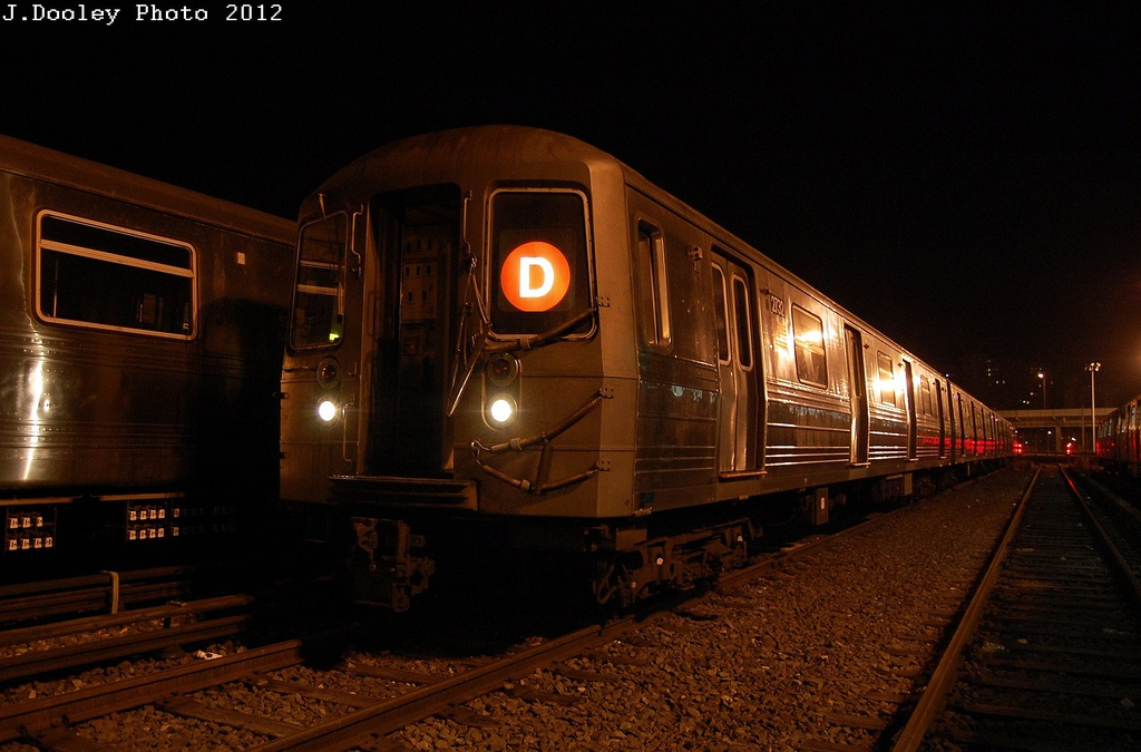 (291k, 1024x675)<br><b>Country:</b> United States<br><b>City:</b> New York<br><b>System:</b> New York City Transit<br><b>Location:</b> Coney Island Yard<br><b>Car:</b> R-68 (Westinghouse-Amrail, 1986-1988)  2732 <br><b>Photo by:</b> John Dooley<br><b>Date:</b> 2/23/2012<br><b>Viewed (this week/total):</b> 2 / 618