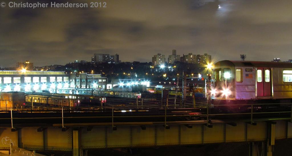 (180k, 1024x546)<br><b>Country:</b> United States<br><b>City:</b> New York<br><b>System:</b> New York City Transit<br><b>Line:</b> IRT West Side Line<br><b>Location:</b> 207th Street <br><b>Car:</b> R-62A (Bombardier, 1984-1987)  1952 <br><b>Photo by:</b> Christopher Henderson<br><b>Date:</b> 8/4/2012<br><b>Viewed (this week/total):</b> 2 / 1165
