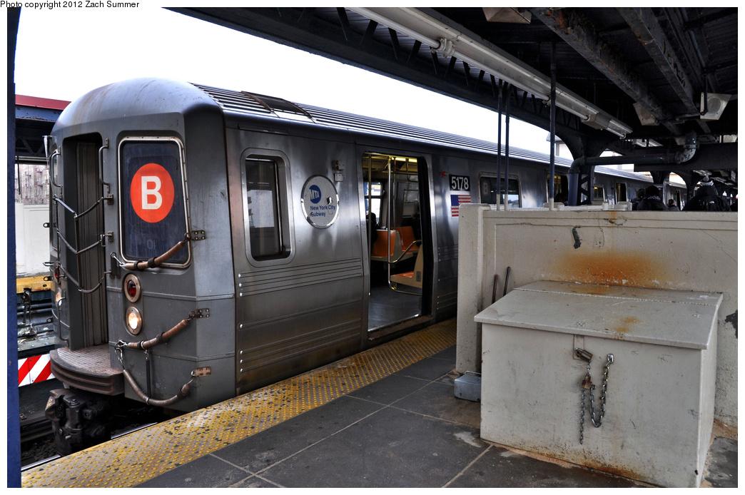 (353k, 1044x694)<br><b>Country:</b> United States<br><b>City:</b> New York<br><b>System:</b> New York City Transit<br><b>Line:</b> BMT Brighton Line<br><b>Location:</b> Brighton Beach <br><b>Route:</b> B<br><b>Car:</b> R-68A (Kawasaki, 1988-1989)  5178 <br><b>Photo by:</b> Zach Summer<br><b>Date:</b> 2/15/2012<br><b>Viewed (this week/total):</b> 3 / 1060