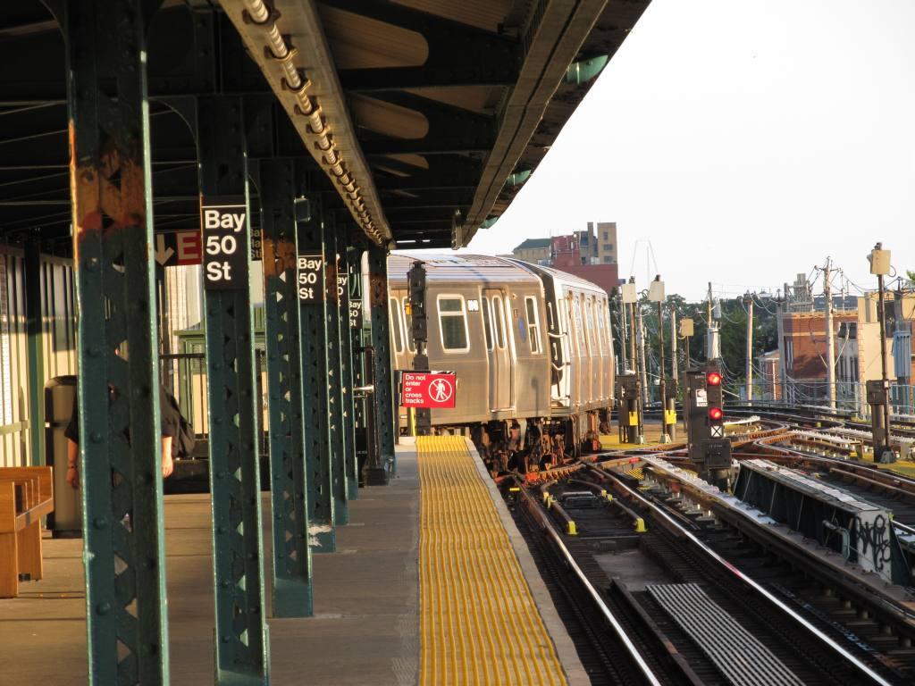 (130k, 1024x768)<br><b>Country:</b> United States<br><b>City:</b> New York<br><b>System:</b> New York City Transit<br><b>Line:</b> BMT West End Line<br><b>Location:</b> Bay 50th Street <br><b>Photo by:</b> Robbie Rosenfeld<br><b>Date:</b> 8/13/2012<br><b>Viewed (this week/total):</b> 1 / 1229