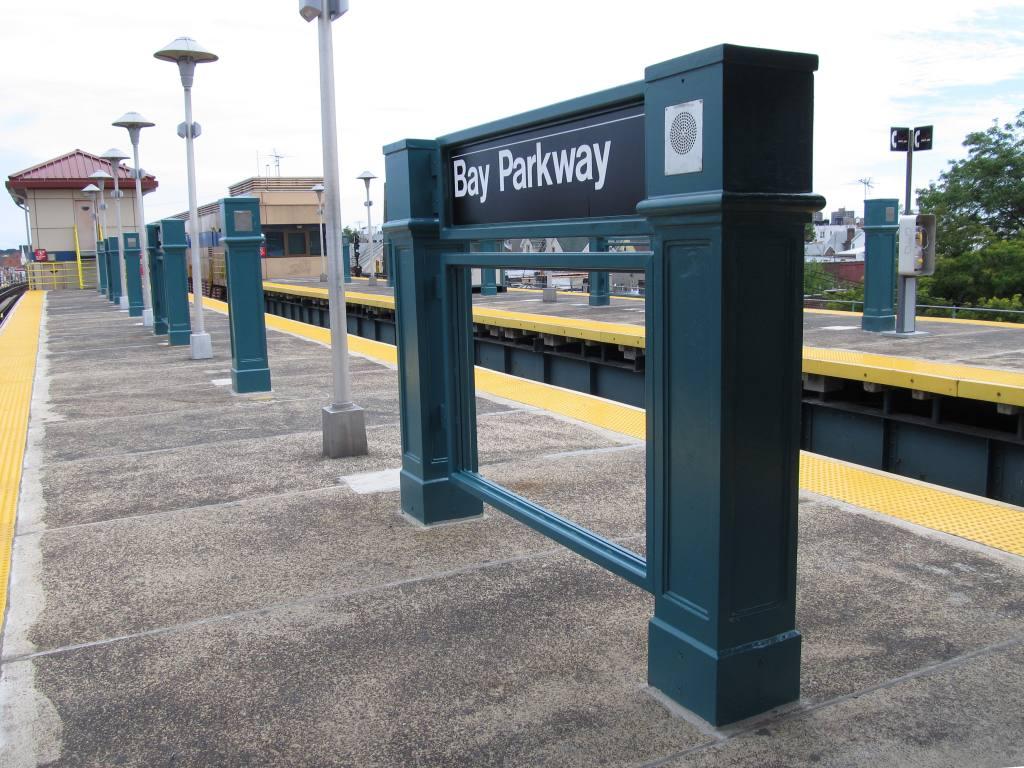 (160k, 1024x768)<br><b>Country:</b> United States<br><b>City:</b> New York<br><b>System:</b> New York City Transit<br><b>Line:</b> BMT West End Line<br><b>Location:</b> Bay Parkway <br><b>Photo by:</b> Robbie Rosenfeld<br><b>Date:</b> 7/31/2012<br><b>Viewed (this week/total):</b> 3 / 1047