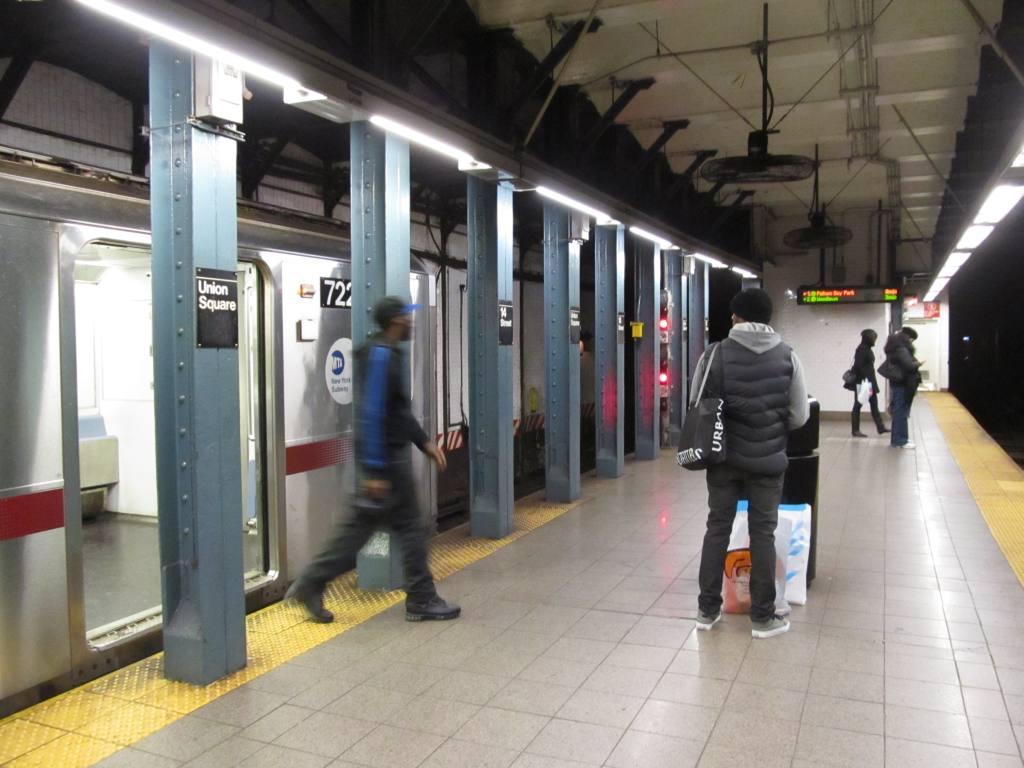 (101k, 1024x768)<br><b>Country:</b> United States<br><b>City:</b> New York<br><b>System:</b> New York City Transit<br><b>Line:</b> IRT East Side Line<br><b>Location:</b> 14th Street/Union Square <br><b>Photo by:</b> Robbie Rosenfeld<br><b>Date:</b> 2/2/2012<br><b>Viewed (this week/total):</b> 2 / 1379