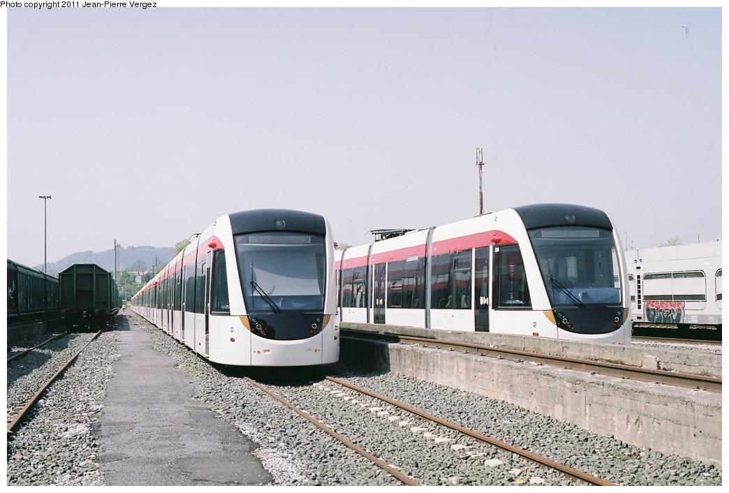 (259k, 1044x706)<br><b>Country:</b> United Kingdom<br><b>City:</b> Edinburgh<br><b>System:</b> Edinburgh Trams<br><b>Car:</b>  248/253 <br><b>Photo by:</b> Jean-Pierre Vergez<br><b>Date:</b> 9/4/2011<br><b>Notes:</b> Trams for Edinburgh's new tram line at the CAF factory in Irun, Spain.<br><b>Viewed (this week/total):</b> 2 / 962