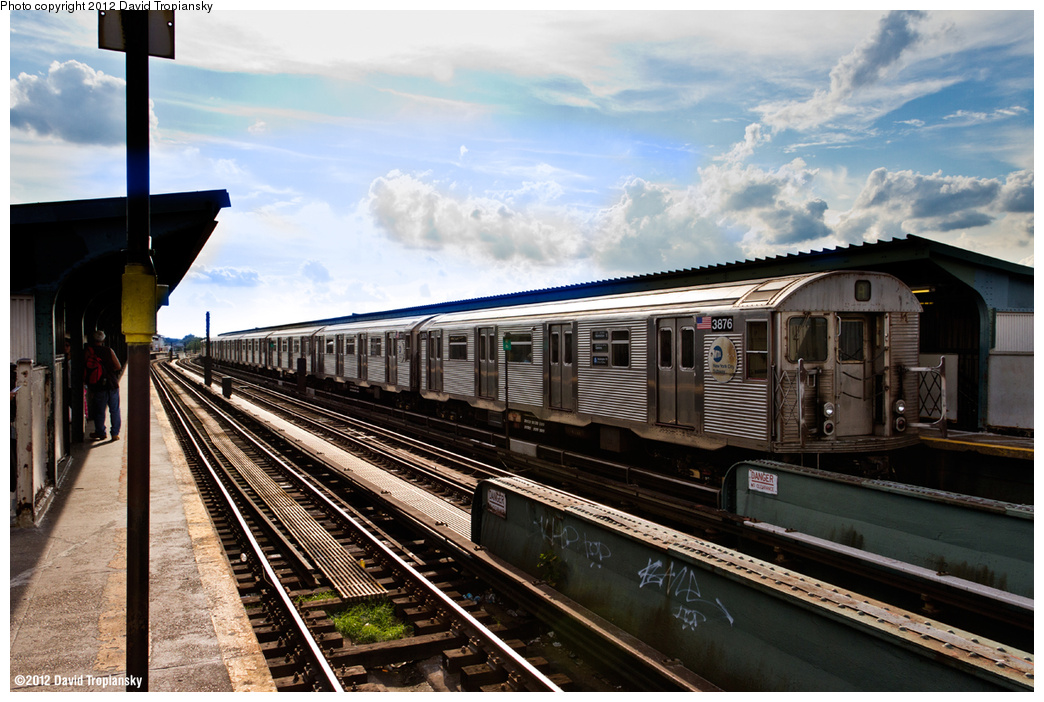 (399k, 1044x702)<br><b>Country:</b> United States<br><b>City:</b> New York<br><b>System:</b> New York City Transit<br><b>Line:</b> IND Fulton Street Line<br><b>Location:</b> Rockaway Boulevard <br><b>Route:</b> A<br><b>Car:</b> R-32 (Budd, 1964)  3876 <br><b>Photo by:</b> David Tropiansky<br><b>Date:</b> 7/27/2012<br><b>Viewed (this week/total):</b> 0 / 541