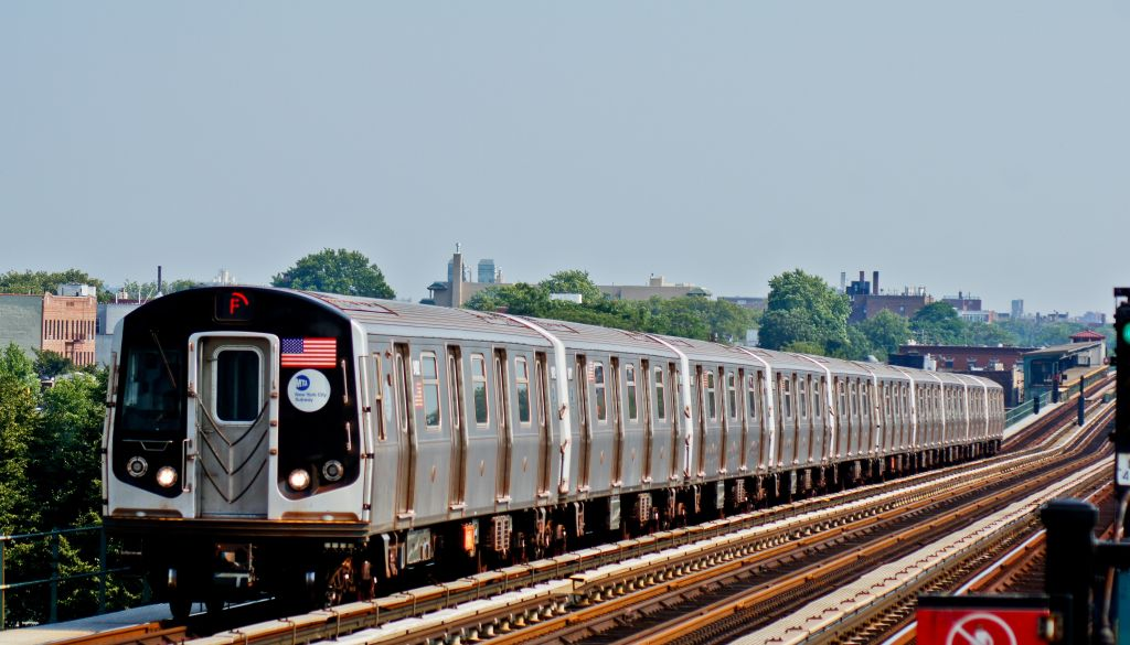 (134k, 1024x585)<br><b>Country:</b> United States<br><b>City:</b> New York<br><b>System:</b> New York City Transit<br><b>Line:</b> BMT Culver Line<br><b>Location:</b> Bay Parkway (22nd Avenue) <br><b>Route:</b> F<br><b>Car:</b> R-160A (Option 1) (Alstom, 2008-2009, 5 car sets)  9492 <br><b>Photo by:</b> Robert Fein<br><b>Date:</b> 6/21/2012<br><b>Viewed (this week/total):</b> 2 / 816