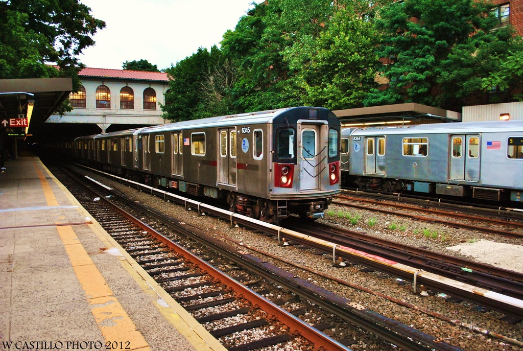 (441k, 1024x687)<br><b>Country:</b> United States<br><b>City:</b> New York<br><b>System:</b> New York City Transit<br><b>Line:</b> IRT Dyre Ave. Line<br><b>Location:</b> Morris Park <br><b>Route:</b> Not in service<br><b>Car:</b> R-142 (Primary Order, Bombardier, 1999-2002)  6345 <br><b>Photo by:</b> Wilfredo Castillo<br><b>Date:</b> 8/14/2012<br><b>Viewed (this week/total):</b> 0 / 1374