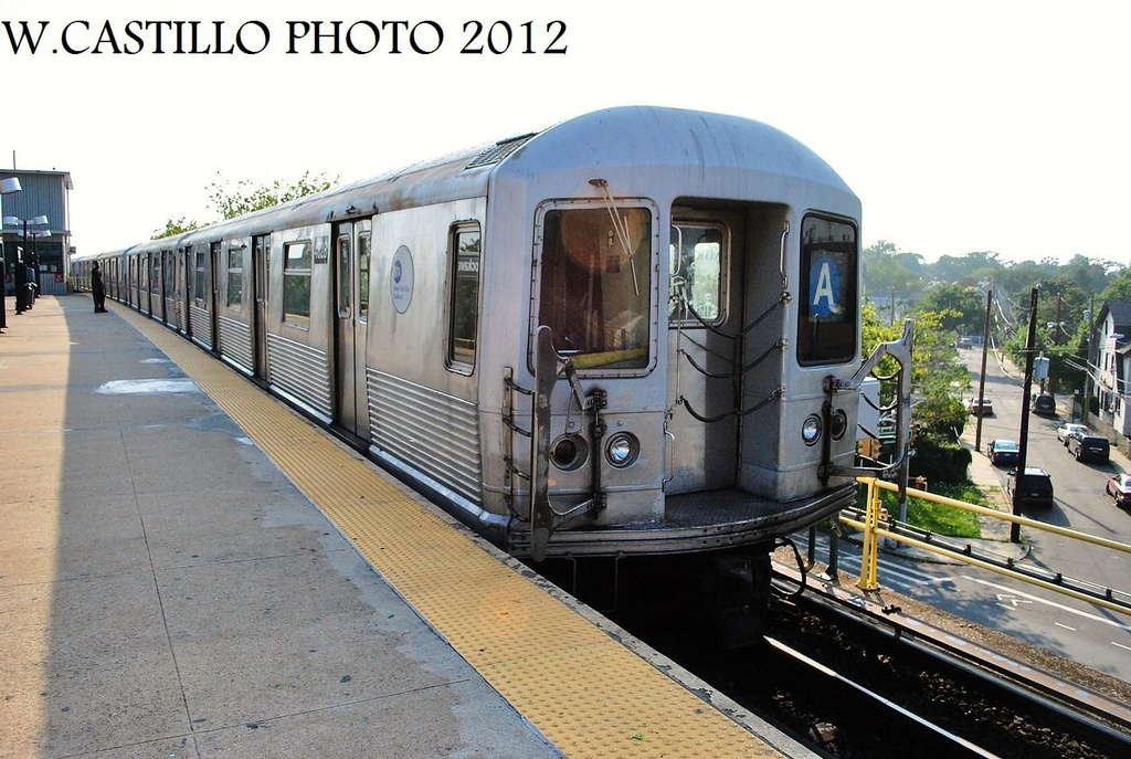 (326k, 1024x687)<br><b>Country:</b> United States<br><b>City:</b> New York<br><b>System:</b> New York City Transit<br><b>Line:</b> IND Rockaway<br><b>Location:</b> Mott Avenue/Far Rockaway <br><b>Route:</b> A<br><b>Car:</b> R-42 (St. Louis, 1969-1970)  4828 <br><b>Photo by:</b> Wilfredo Castillo<br><b>Date:</b> 7/26/2012<br><b>Viewed (this week/total):</b> 1 / 785