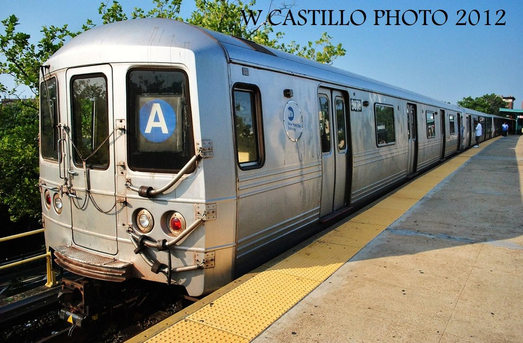 (348k, 1024x672)<br><b>Country:</b> United States<br><b>City:</b> New York<br><b>System:</b> New York City Transit<br><b>Line:</b> IND Rockaway<br><b>Location:</b> Mott Avenue/Far Rockaway <br><b>Route:</b> A<br><b>Car:</b> R-46 (Pullman-Standard, 1974-75) 5876 <br><b>Photo by:</b> Wilfredo Castillo<br><b>Date:</b> 7/26/2012<br><b>Viewed (this week/total):</b> 0 / 764