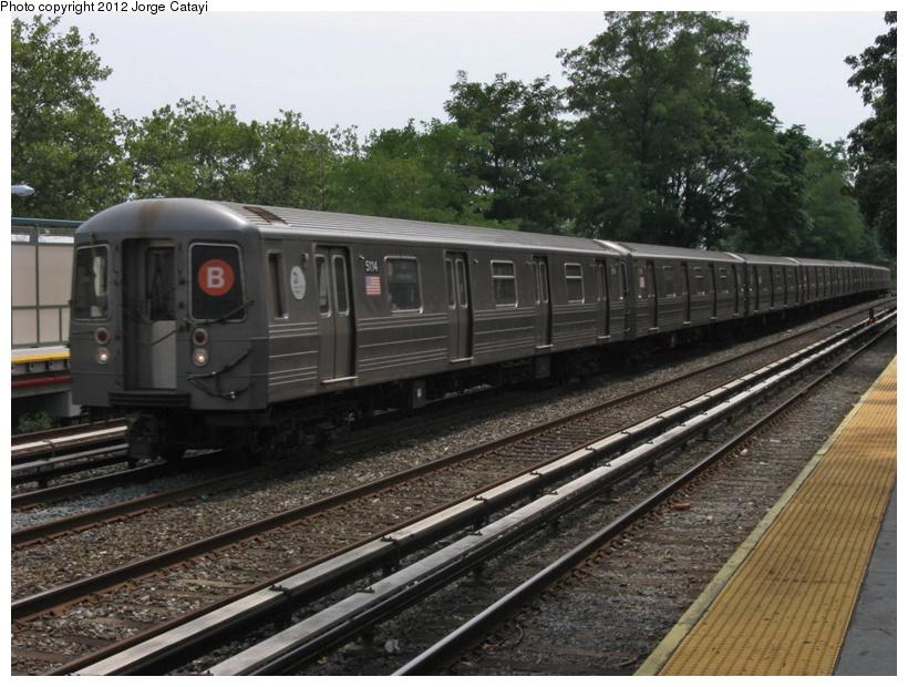 (227k, 820x620)<br><b>Country:</b> United States<br><b>City:</b> New York<br><b>System:</b> New York City Transit<br><b>Line:</b> BMT Brighton Line<br><b>Location:</b> Avenue M <br><b>Route:</b> B<br><b>Car:</b> R-68A (Kawasaki, 1988-1989)  5114 <br><b>Photo by:</b> Jorge Catayi<br><b>Date:</b> 8/8/2012<br><b>Viewed (this week/total):</b> 1 / 755