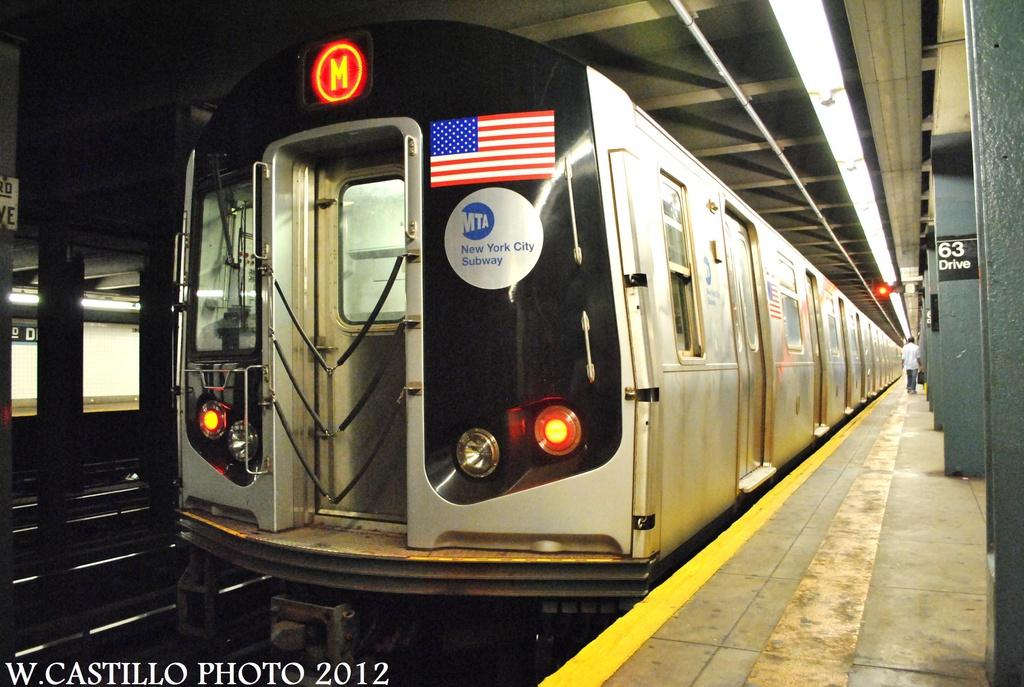 (320k, 1024x687)<br><b>Country:</b> United States<br><b>City:</b> New York<br><b>System:</b> New York City Transit<br><b>Line:</b> IND Queens Boulevard Line<br><b>Location:</b> 63rd Drive/Rego Park <br><b>Route:</b> M<br><b>Car:</b> R-160A-1 (Alstom, 2005-2008, 4 car sets)  8501 <br><b>Photo by:</b> Wilfredo Castillo<br><b>Date:</b> 8/24/2012<br><b>Viewed (this week/total):</b> 0 / 1174