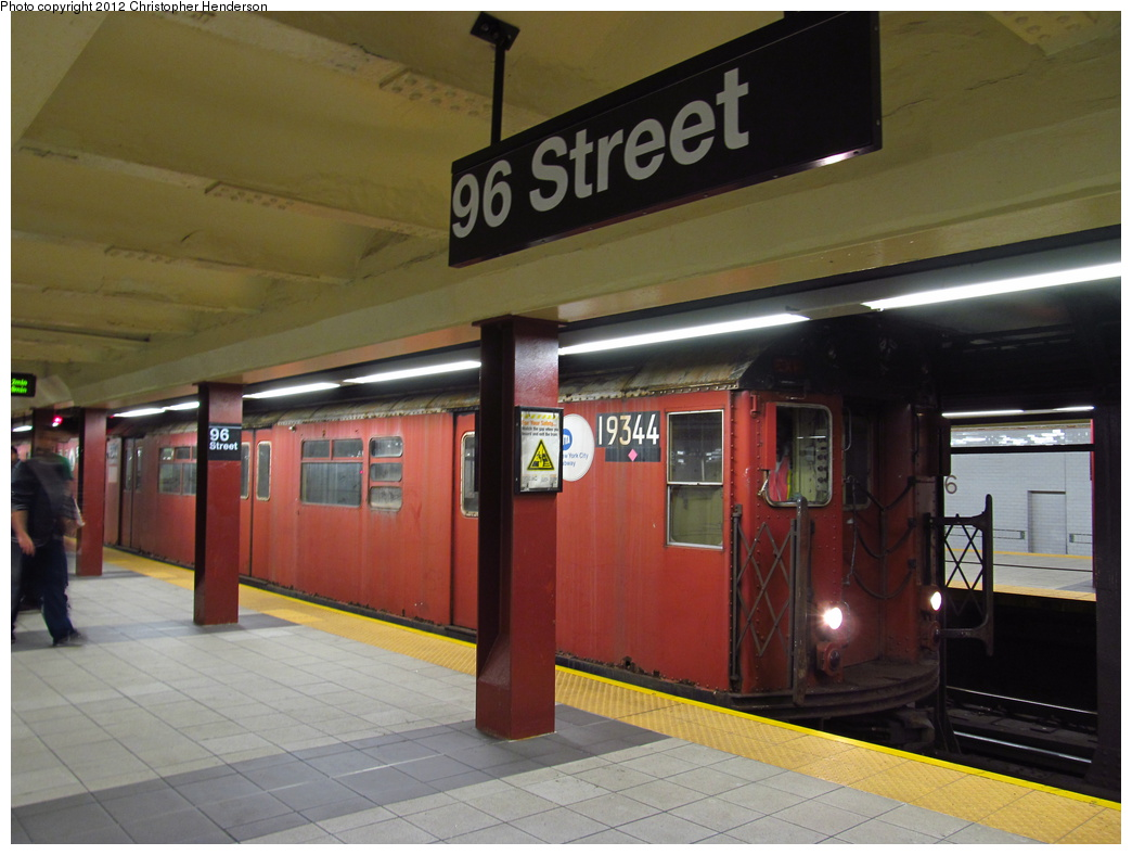 (278k, 1044x788)<br><b>Country:</b> United States<br><b>City:</b> New York<br><b>System:</b> New York City Transit<br><b>Line:</b> IRT West Side Line<br><b>Location:</b> 96th Street <br><b>Route:</b> Work Service<br><b>Car:</b> R-33 World's Fair (St. Louis, 1963-64) 9344 <br><b>Photo by:</b> Christopher Henderson<br><b>Date:</b> 10/5/2012<br><b>Viewed (this week/total):</b> 0 / 1235