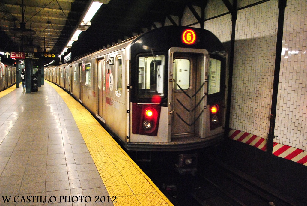 (344k, 1024x687)<br><b>Country:</b> United States<br><b>City:</b> New York<br><b>System:</b> New York City Transit<br><b>Line:</b> IRT East Side Line<br><b>Location:</b> 14th Street/Union Square <br><b>Route:</b> 6<br><b>Car:</b> R-142A (Primary Order, Kawasaki, 1999-2002)  7281 <br><b>Photo by:</b> Wilfredo Castillo<br><b>Date:</b> 10/9/2012<br><b>Viewed (this week/total):</b> 6 / 1540