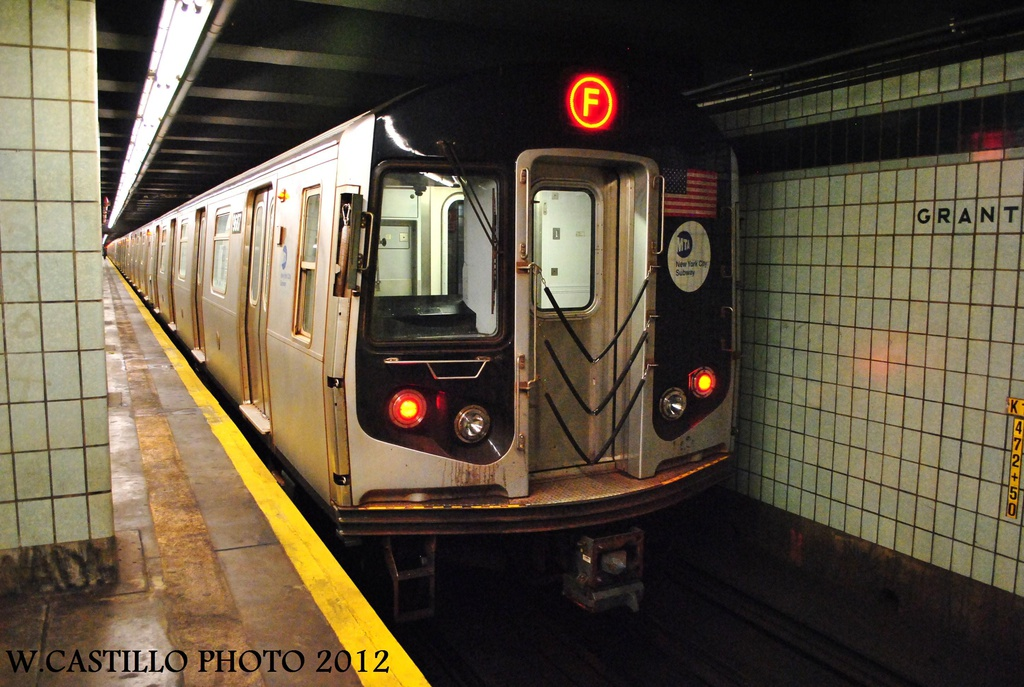 (319k, 1024x687)<br><b>Country:</b> United States<br><b>City:</b> New York<br><b>System:</b> New York City Transit<br><b>Line:</b> IND Fulton Street Line<br><b>Location:</b> Grant Avenue <br><b>Route:</b> F<br><b>Car:</b> R-160A (Option 2) (Alstom, 2009, 5-car sets)  9687 <br><b>Photo by:</b> Wilfredo Castillo<br><b>Date:</b> 9/23/2012<br><b>Viewed (this week/total):</b> 5 / 1479