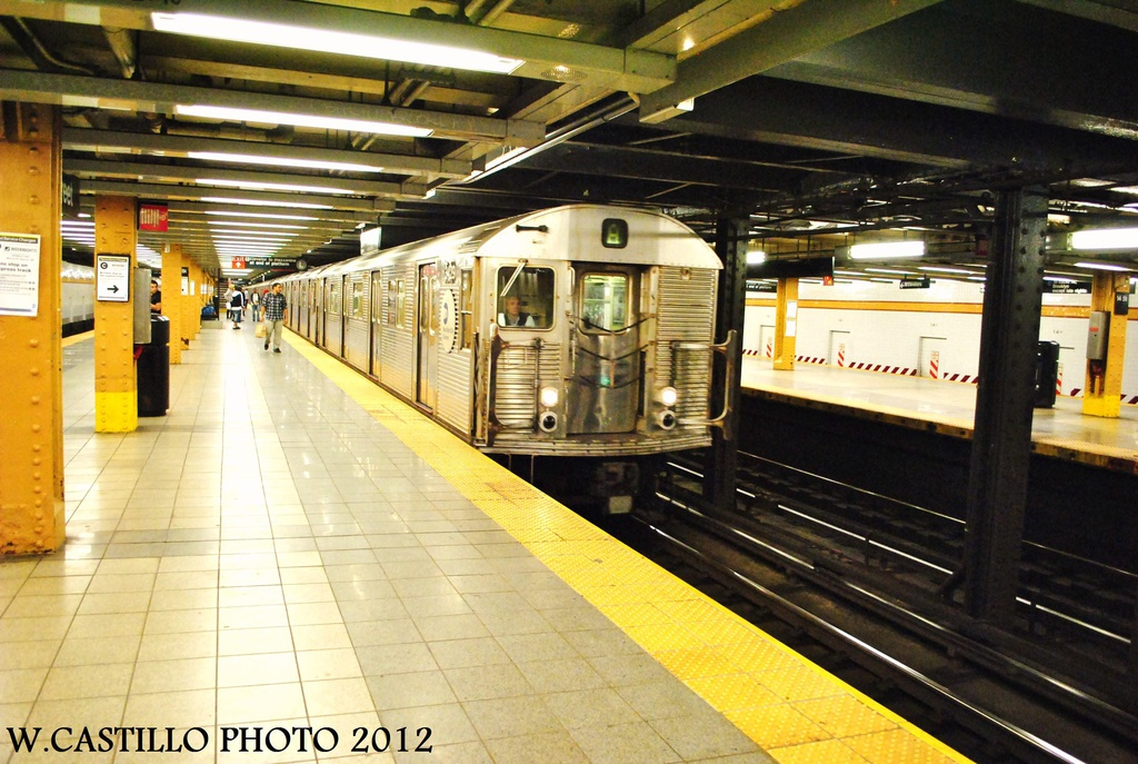 (341k, 1024x687)<br><b>Country:</b> United States<br><b>City:</b> New York<br><b>System:</b> New York City Transit<br><b>Line:</b> IND 8th Avenue Line<br><b>Location:</b> 14th Street <br><b>Route:</b> A<br><b>Car:</b> R-32 (Budd, 1964)  3429 <br><b>Photo by:</b> Wilfredo Castillo<br><b>Date:</b> 9/28/2012<br><b>Viewed (this week/total):</b> 0 / 839